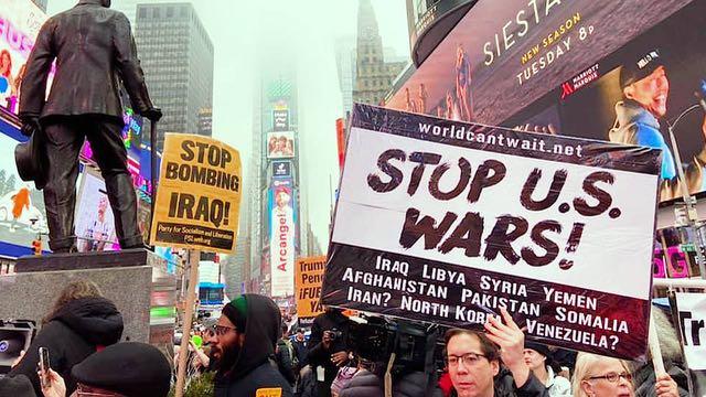 Manifestantes dicen no a la guerra con Irán