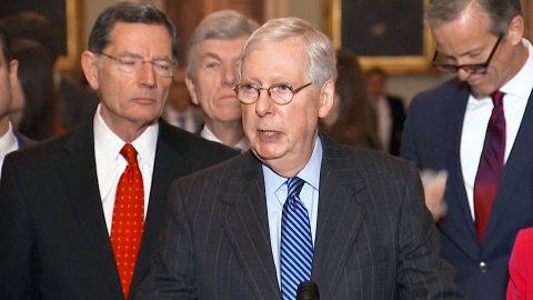 Senador McConnell se reúne con Trump en la Casa Blanca