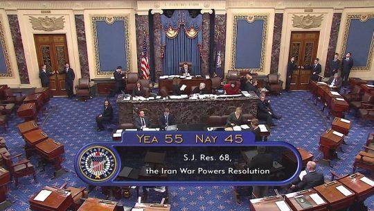 Senado de EE.UU. limita poderes de guerra a Trump
