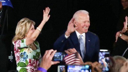 Klobuchar, Buttigieg y Steyer abandonan la contienda por la presidencia de EE.UU.