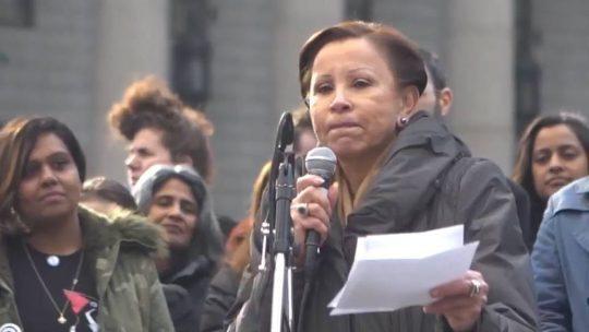 """Congresista Nydia Velázquez con """"posible infección por coronavirus"""""""