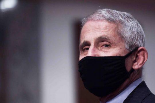 Dr. Anthony Fauci: Los casos diarios de coronavirus podrían llegar a 100 mil