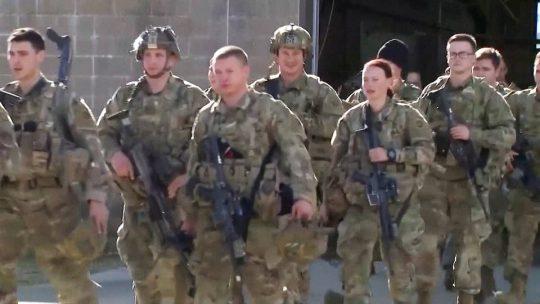 Jueza federal deja sin efecto normativa de Trump que dificulta a los soldados acceder a la ciudadanía