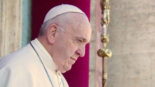 El papa Francisco condena los campamentos de detención de migrantes