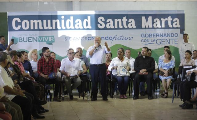 El Salvador: Presidente comprometido con el desarrollo social y económico de Santa Marta