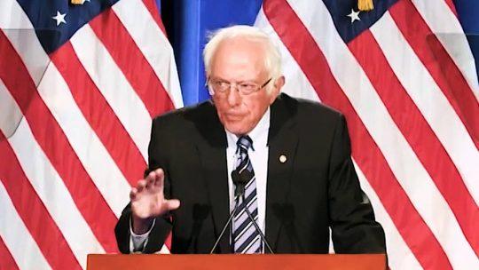 """Bernie Sanders advierte que en las elecciones de 2020 se decide """"entre Donald Trump y la democracia"""""""