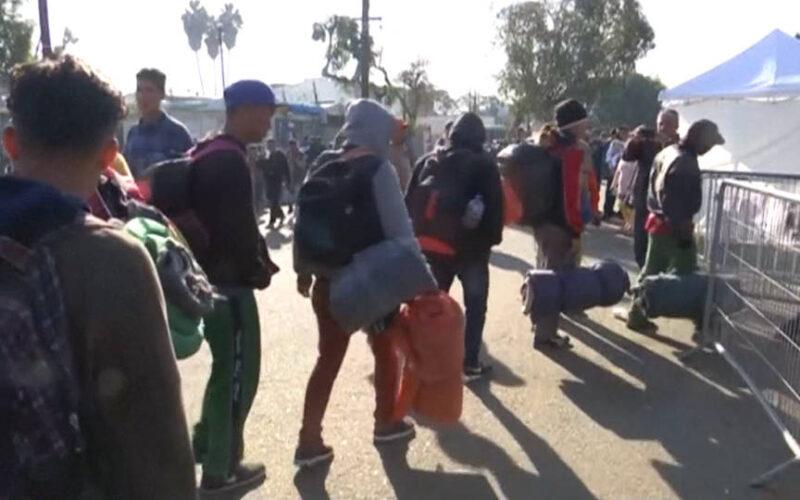 Juez federal niega solicitud del gobierno para retrasar fecha límite en caso de asilo