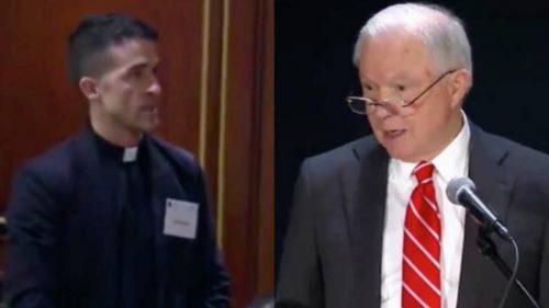 Pastores se manifiestan en discurso sobre libertad de culto del fiscal general de EE.UU.