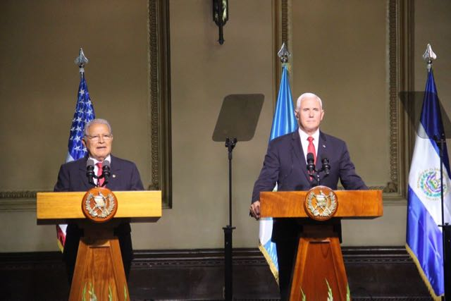 Presidente salvadoreño insta a EE. UU. a agilizar la reunificación de familias separadas