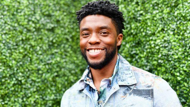 Siguen muestras de dolor por muerte del actor Chadwick Boseman