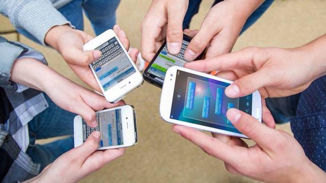 Sprint y T-Mobile acuerdan fusión por 26.500 millones de dólares