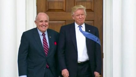 The Washington Post: Giuliani mantuvo una llamada telefónica extraoficial con Maduro