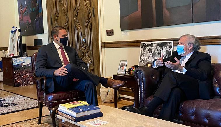 Alcalde de San Salvador en visita de trabajo en Washington