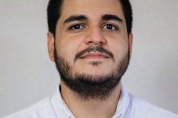 Tras los pasos de su abuelo para ser alcalde de San Salvador