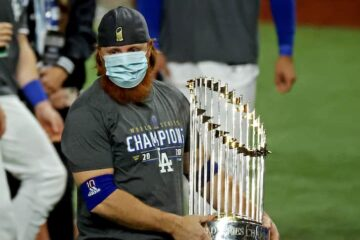 L.A. Dodgers' Justin Turner Celebrated with Teammates Despite Positive Coronavirus Test