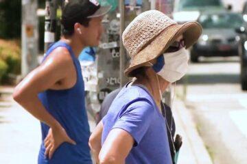 """""""Propagación comunitaria implacable y extensa"""": casos de coronavirus aumentan a niveles récord en EE. UU."""