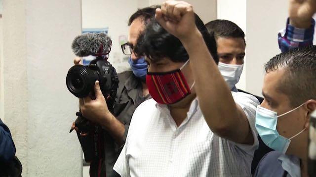Tribunal boliviano retira los cargos de terrorismo y anula la orden de detención contra Evo Morales