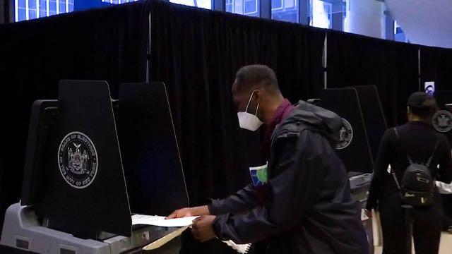 Gran participación electoral en la votación anticipada
