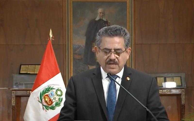 Manuel Merino Renuncia e Invoca a la Paz y Unidad