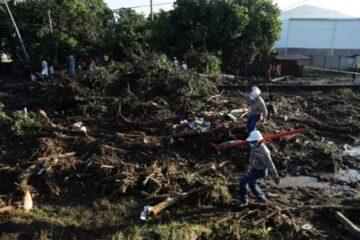 El Salvador: El ministro de la familia Dueñas