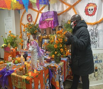 """Staten Island Immigrants Celebrate """"Day of the Dead"""""""