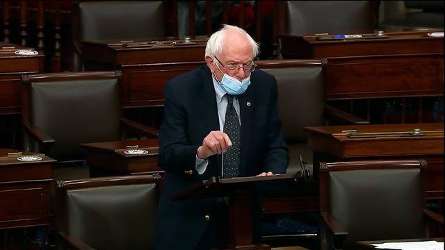 Sanders a obstaculizar proyecto de ley del Pentágono a menos que el Senado vote por pagos directos de 2.000 dólares