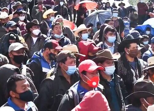 Guatemalan Protesters Demand Resignation of President Alejandro Giammattei