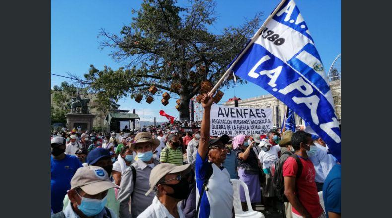 Acuerdos de paz que le dieron un nuevo rostro a El Salvador