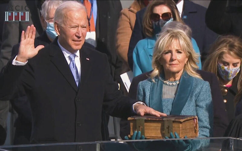 Joe Biden le puso fin a la era Trump