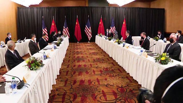 Estados Unidos y China intercambian duros reproches