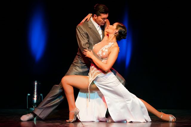 """""""Ella es tango"""": Una revista musical en vivo producida por Teatro GALA"""