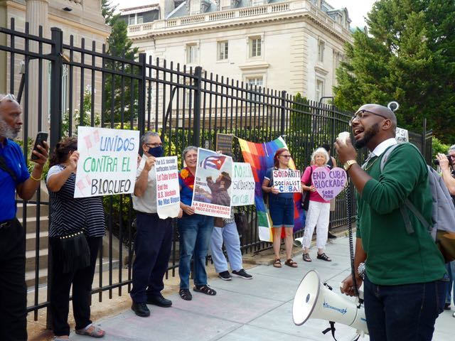 Piden en Washington fin al bloqueo económico contra Cuba