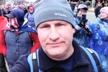 Un policía de Virginia que participó en la insurrección del 6 de enero vuelve a la cárcel