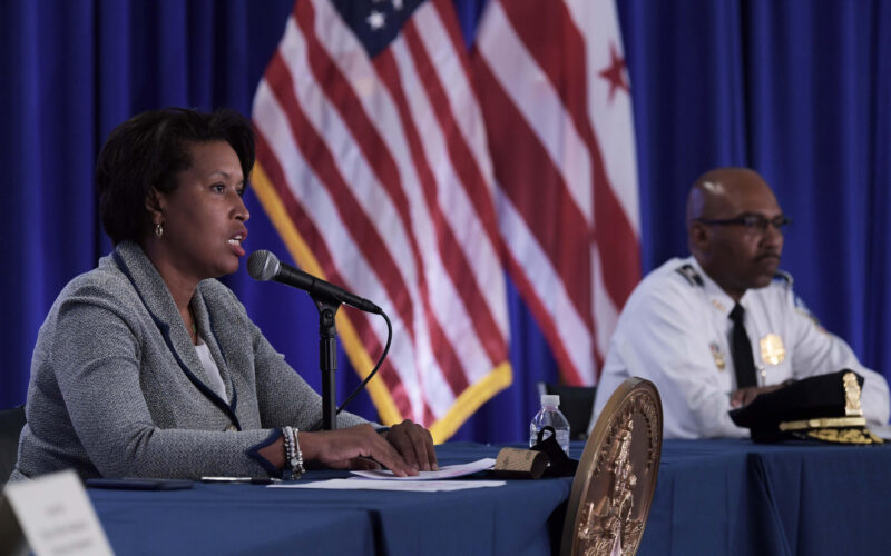 Washington, D.C. va a contratar más oficiales de policía
