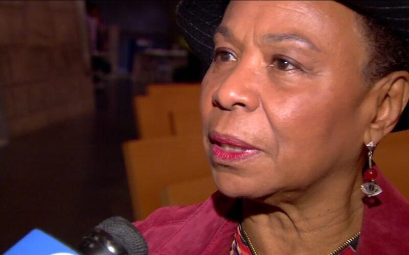 El voto de la congresista Barbara Lee, el único a favor de la paz después de los ataques del 11 de septiembre