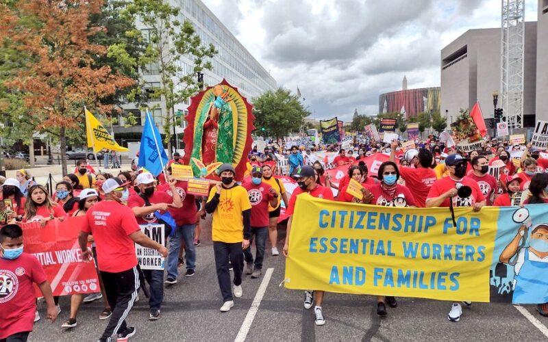 Latinos presionan por sus derechos en la capital de Estados Unidos