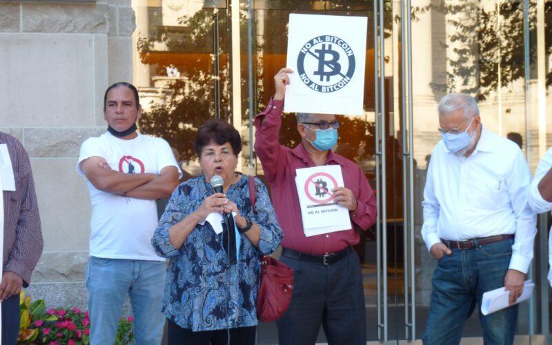 Voces en contra de Bukele en Washington, D.C.