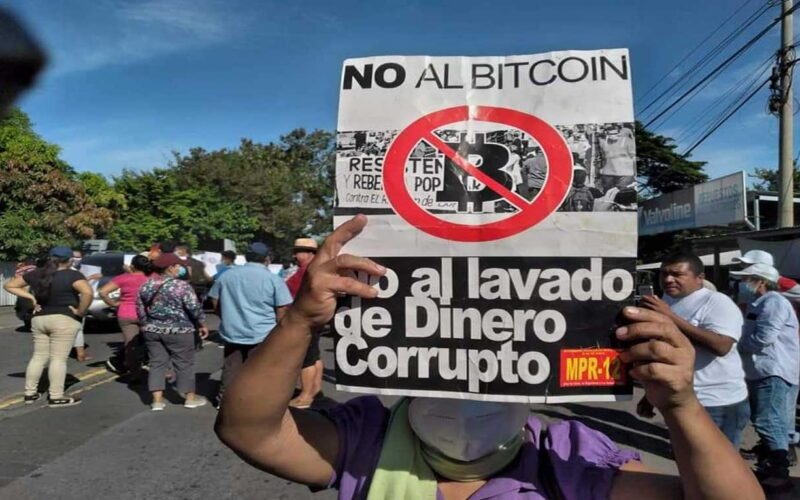 15 de septiembre: ¡A calentar las calles!, de San Salvador