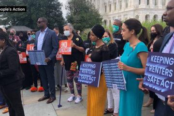 Cori Bush y Elizabeth Warren presentan un proyecto de ley para prohibir los desalojos en EE.UU.